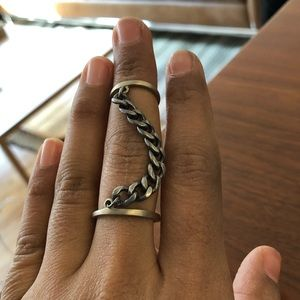 Jewelry - Double connecting ring w curb chain